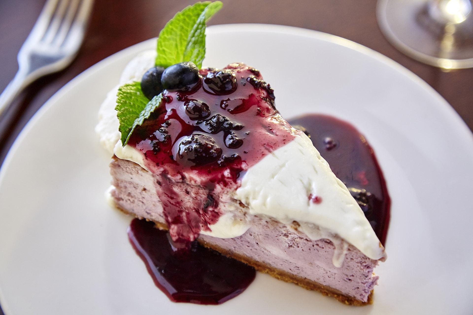 ZephyrGrillandBar Blueberry Cheesecake