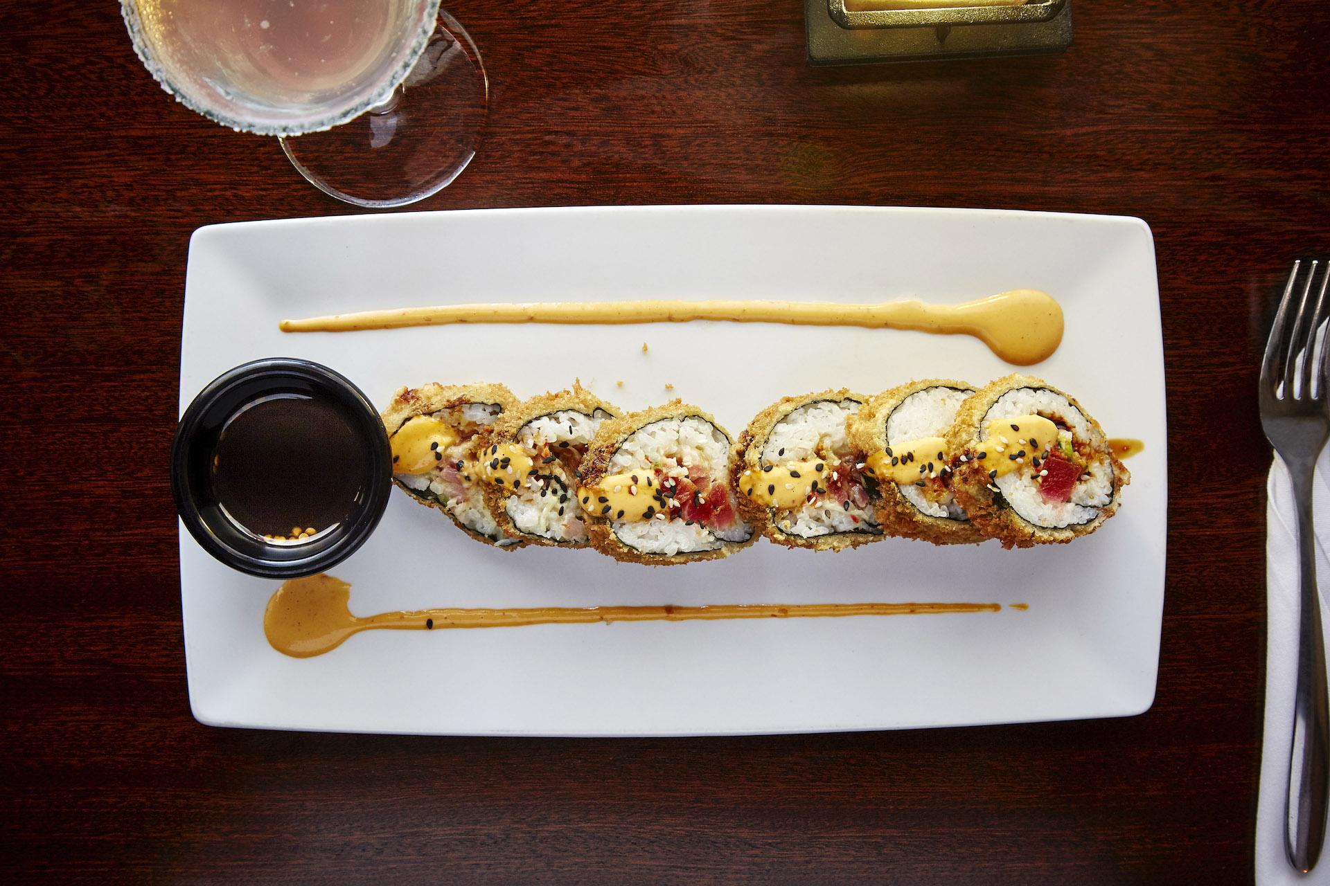 ZephyrGrillandBar Tuna Sushi Roll